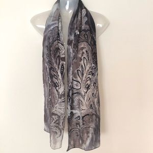 Cynthia Rowley silk scarf oversized paisley